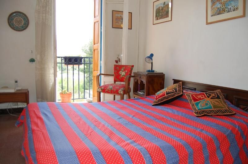 Characteristic House near river, vacation rental in Torderes