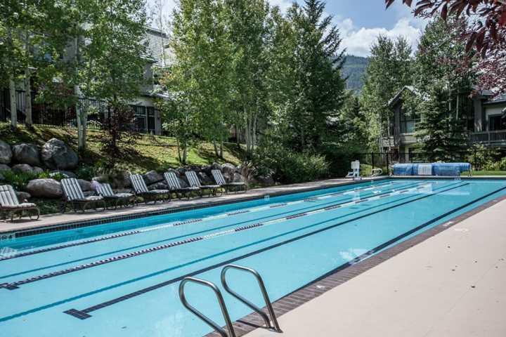 Photo of True Ski In/Ski Out, Year Round Pool & Hot Tubs, No Car Needed, Highlands Lodge