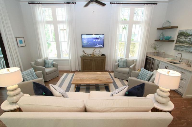 Living Room Showing TV Centered
