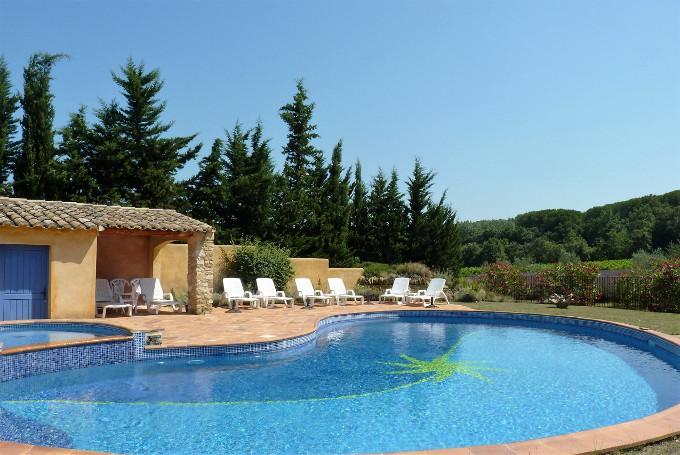 superbe piscine de forme libre avec petit bassin (14x8)