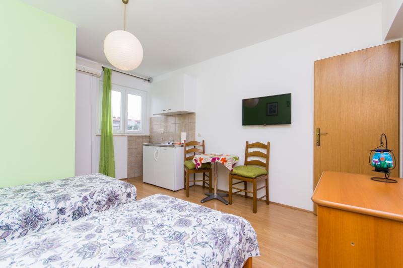 room + kitchenette
