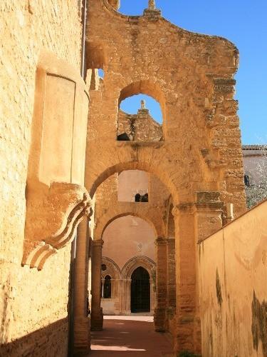 Monastero di Santo Spirito - Museo Civico (500 metri)