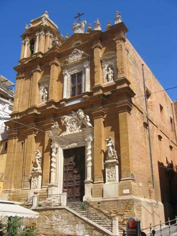 Chiesa di San Lorenzo (450 metri)