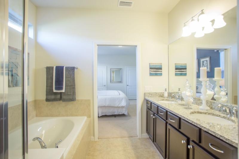 Cuarto de baño, Interior, salón, dormitorio, muebles