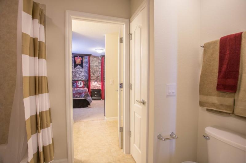 Interior, Habitación, manta, toalla de baño