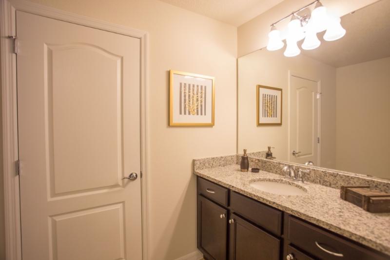 Pila, Interior, salón, cocina, cuarto de baño