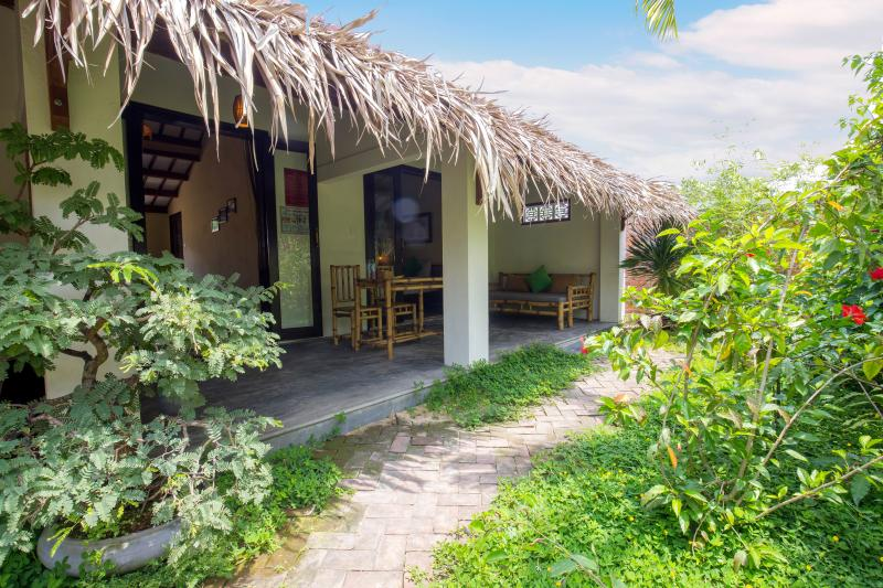 Private room close to the beach, vacation rental in Hoi An