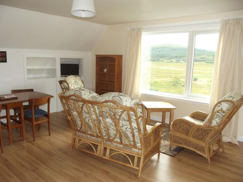 Glen Houses Mull, Chalet 1 Living Room, with beautiful views.