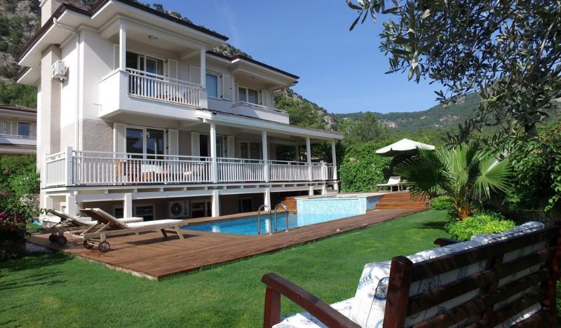 Luxury villa in Gocek Turkey, vacation rental in Gocek