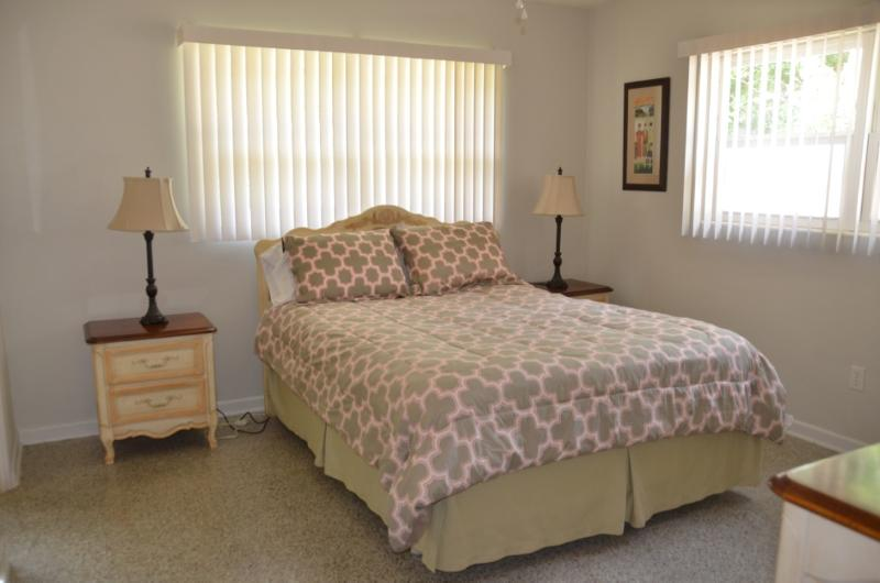 Master Bedroom with Queen size bed and private bath.