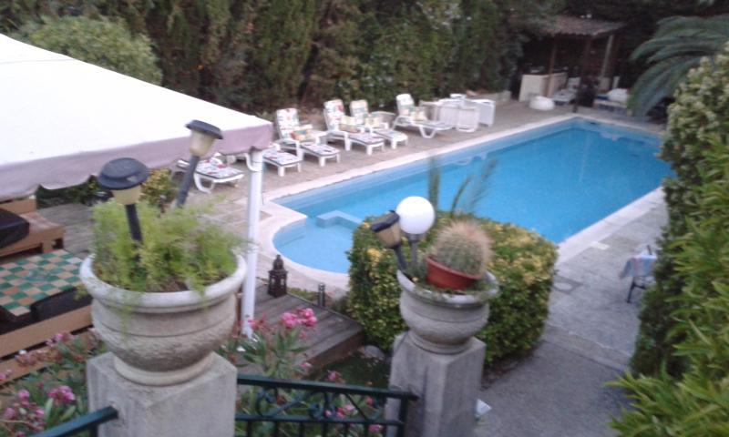 piscine poolhouse solarium transats