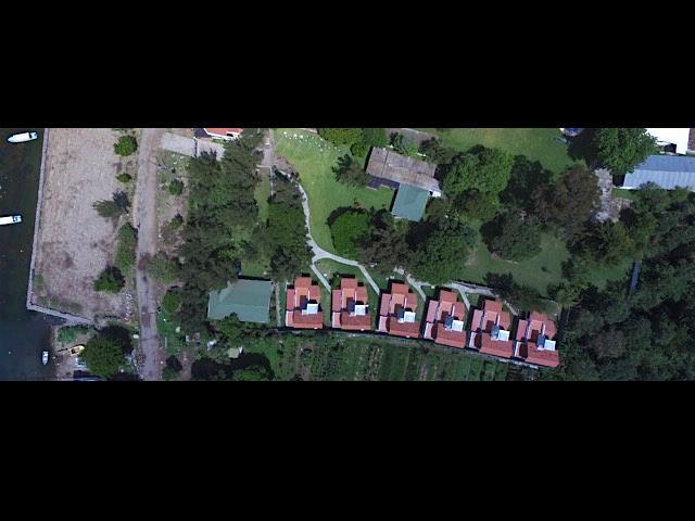 Bird views of the 6 Villas.  Vista aérea de las 6 villas.