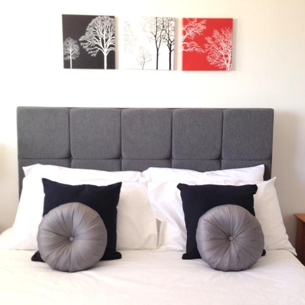 Main Bedroom - King Bed