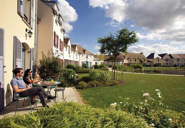 Marriott's Village d'lle-de-France 2 bedroom Villa Sleeps 6, location de vacances à Bailly-Romainvilliers