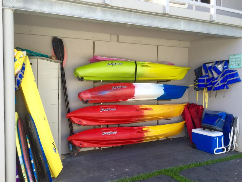 4 single kayaks and everything you need for the beach, coolers, chairs, boogie boards, snorkel gear