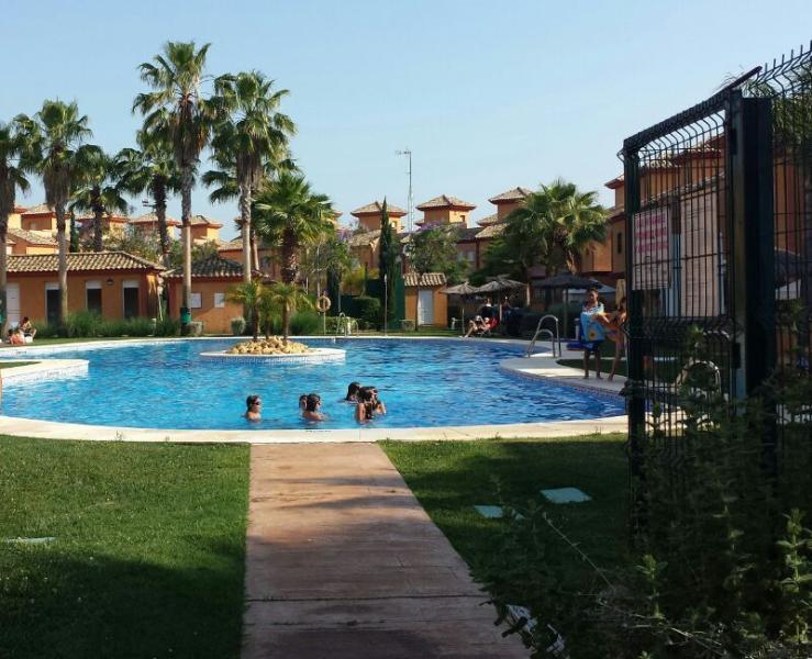 VIVIENDA DE VACACIONES EN ISLANTILLA, holiday rental in Cartaya