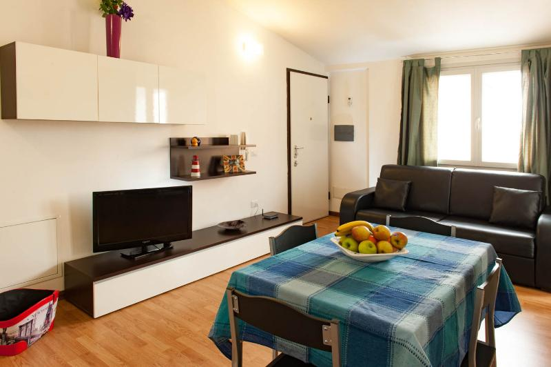 Sunny-house, holiday rental in Olbia