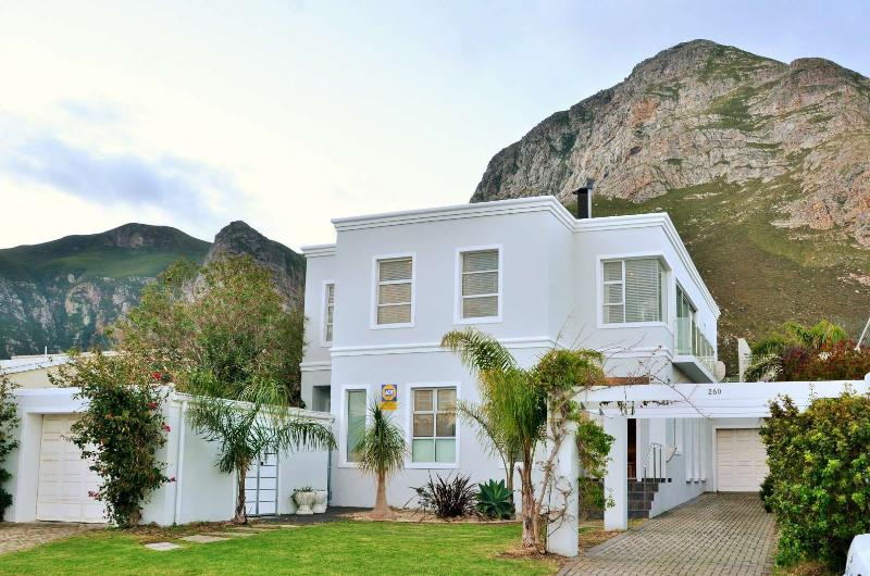 260 On Sixth Newly Renovated, casa vacanza a Overstrand