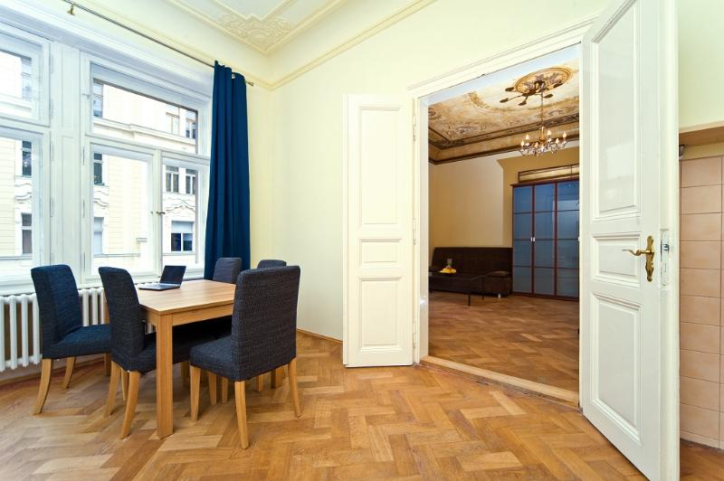 OLD TOWN - 2 ROOM DUSNI, vacation rental in Prague