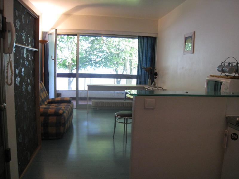 1 avis et 4 photos pour joli studio meubl avec terrasse face au lac tripadvisor annecy - Location studio meuble annecy ...
