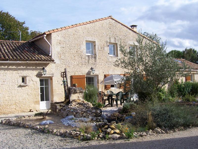 GITE, vacation rental in Thorigne