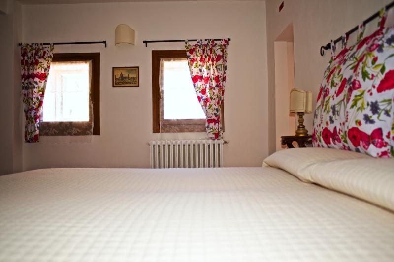 Eco Apartment in Tuscany App. LAVANDA Lionforti, holiday rental in La Panca