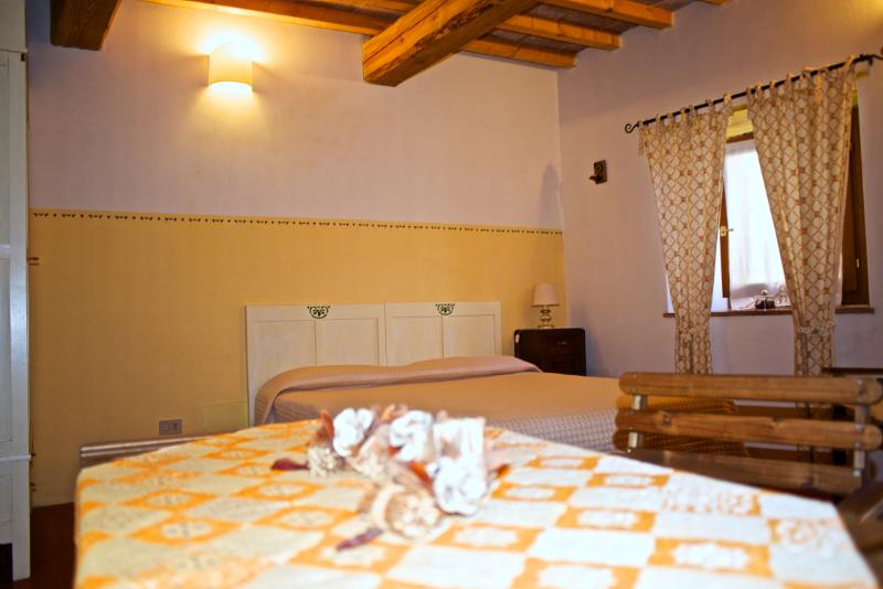 Eco Apartment in Tuscany App. NIDO Lionforti, holiday rental in La Panca
