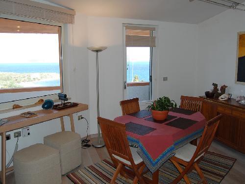 Elegante appartamento vista mare 250 m spiaggia, casa vacanza a Calasetta