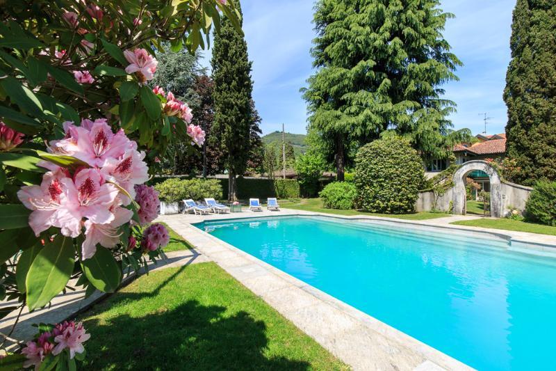 Villa Ida, Lesa Lake Maggiore Italy - NORTHITALY VILLAS Vacation Villa Rentals