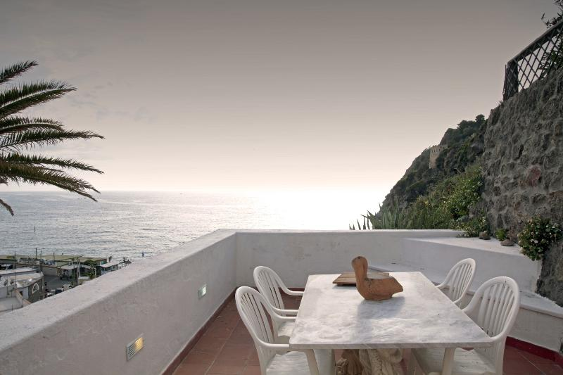 Eremo di Montevergine : Actea, casa vacanza a Isola di Ischia