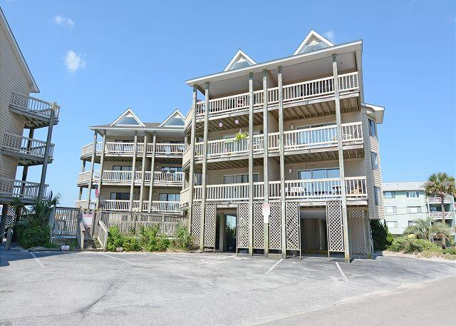 Island North B9 Carolina Beach Vacation Rental