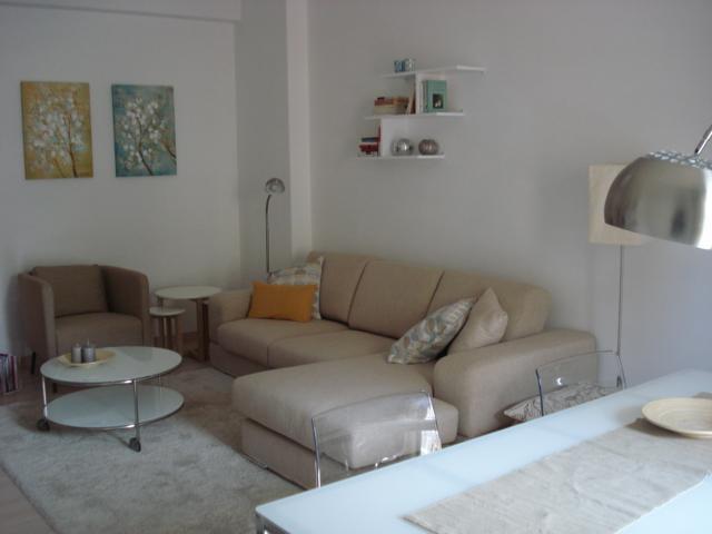 Ampio e luminoso appartamento in centro, casa vacanza a Capezzano Inferiore