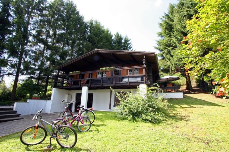 le petit chalet, holiday rental in Lullange