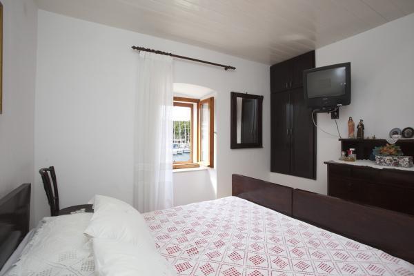 Great apartment 'MIA' in center,Milna,island Brač, holiday rental in Milna