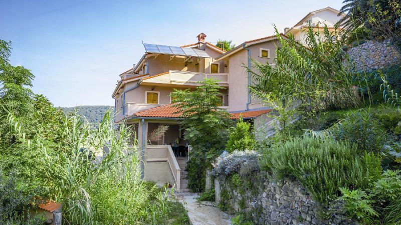 House - Apartment 1, alquiler de vacaciones en Supetarska Draga