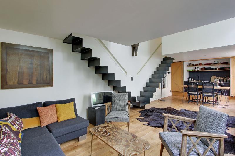 G03533 - Design Loft & Terrace - Marais area, vacation rental in Paris