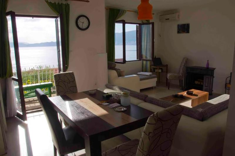 Amazing view to Boka Kotorska bay, vacation rental in Herceg-Novi Municipality