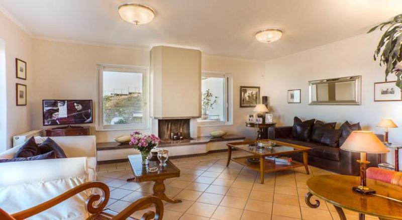 Sounio-Villas, vacation rental in Lavrio