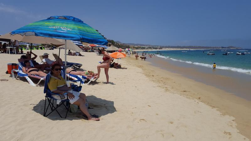 medano beach 1 block away