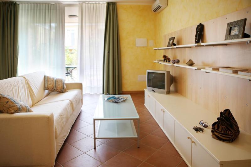 Gardazzurro residence, vacation rental in Prevalle