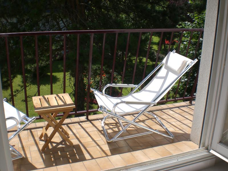 Grand STUDIO 35 m² - Tout Confort, holiday rental in Bonneville-sur-Touques