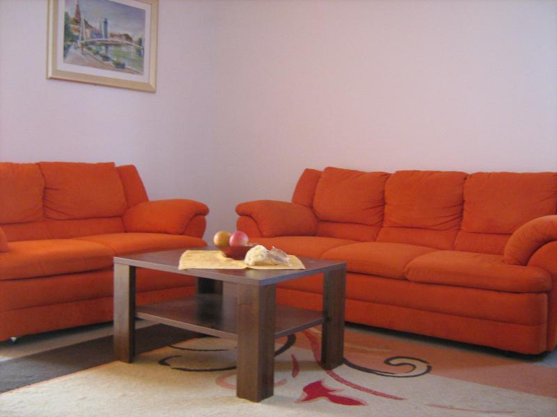Apartmani Purkovic, vacation rental in Srima