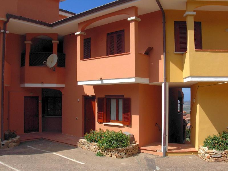 Residence il Poggio di San Pasquale, holiday rental in Bassacutena