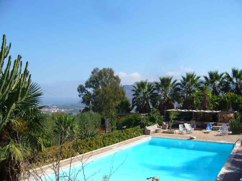 Giardino degli Ulivi, holiday rental in Contessa Entellina