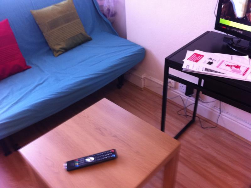Studio Apartment near Stratford City, location de vacances à Ilford