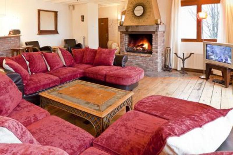 MAISON DE CHARME PRES DE DURBUY, holiday rental in Les Avins
