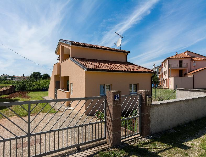 Apartment Jendrusa Pula Fazana, holiday rental in Valbandon