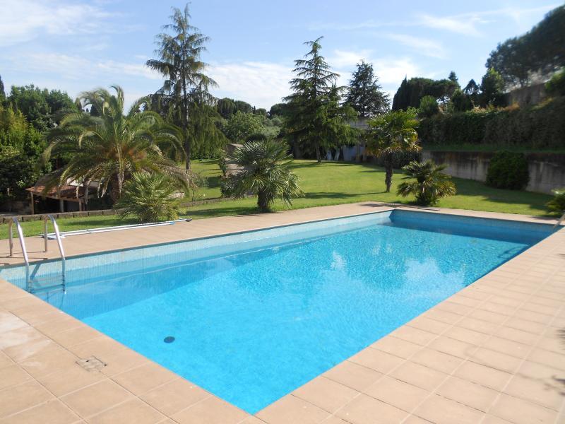Villa con piscina e camino Roma (Eur) 20min.centro, Ferienwohnung in Castel Romano