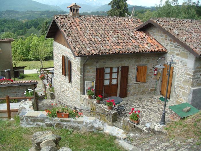 Agriturismo 'Fattoria Carpineta' Padronale 2, holiday rental in Molino di Villa