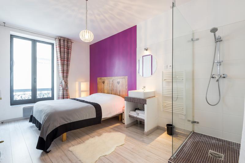 'LE DIAMANT' - Appartement T2 centre ville, holiday rental in Venissieux